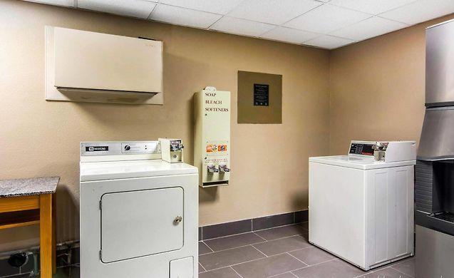 virginia suites inn in va by choice comfort newport or hotels news comforter